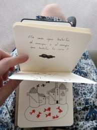 1 cuaderno pequeño mar lozano
